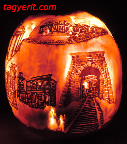 Right view of Ghost Train Pumpkin